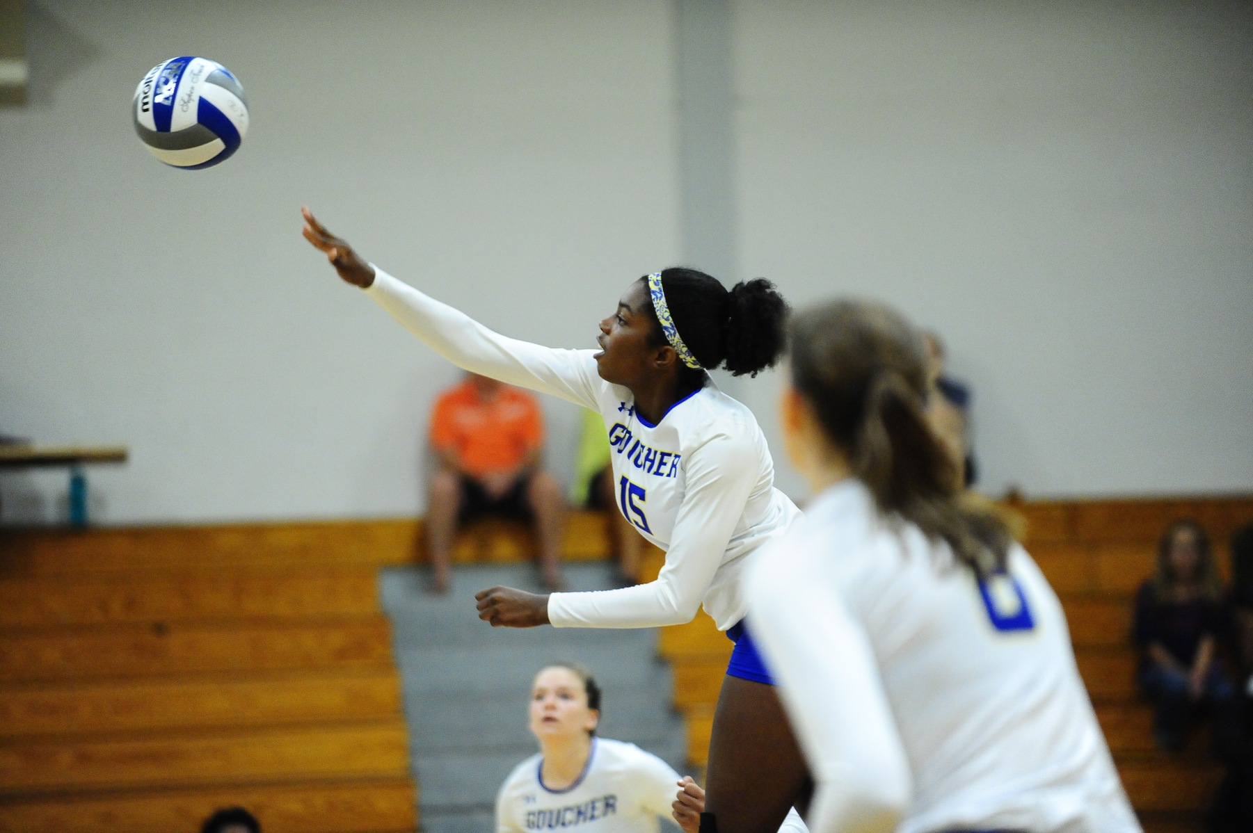 Coss, Brown Lead Volleyball to Split on First Day of Haverford Invitational