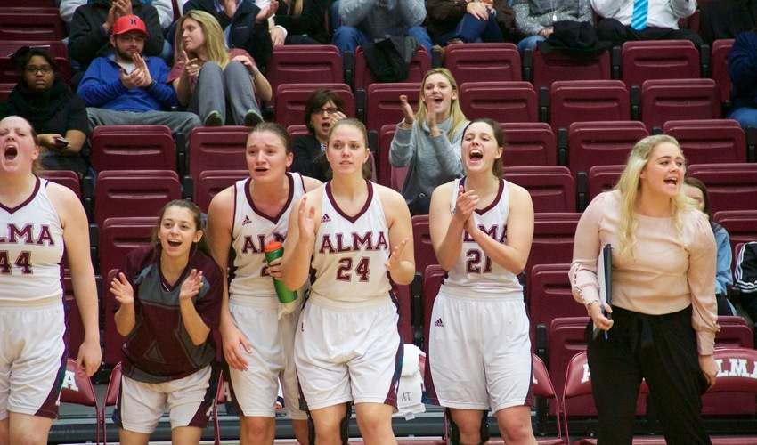 Women's Basketball Picked to Finish 8th in Conference