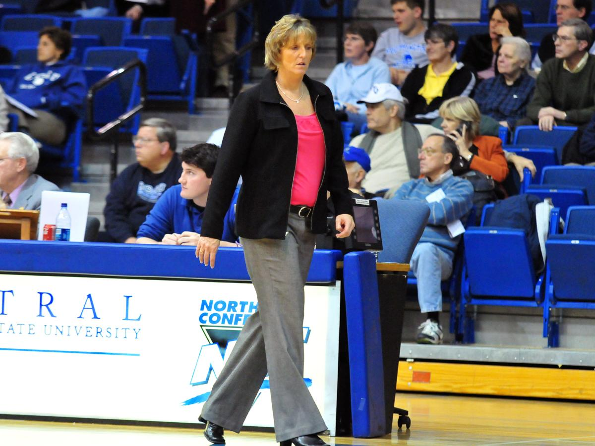 Piper Inks Two NLIs for 2009-10 Central Connecticut Women's Basketball Season