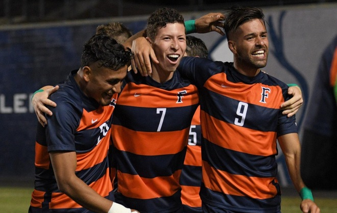 Titans Advance Past Santa Barbara on Penalty Kicks