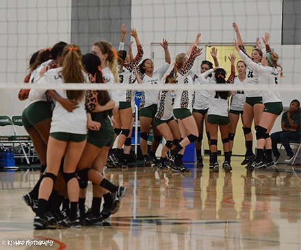 Leopards Volleyball celebrates after defeating No. 6 Colorado College (photo by Kay Hurd)
