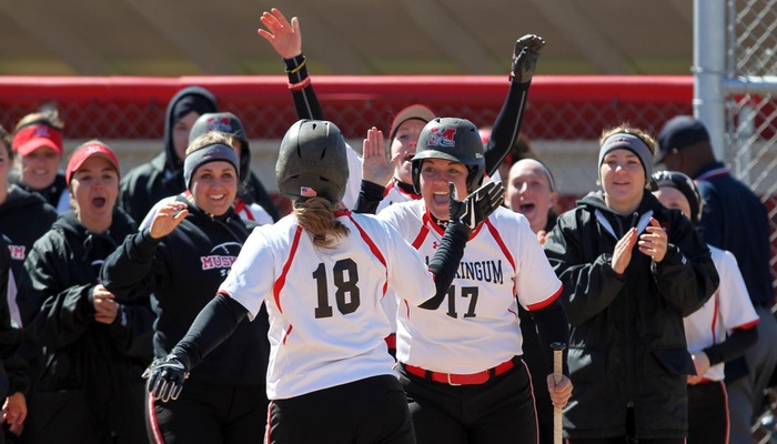 Softball receives votes in NFCA Top 25 poll for the third week in a row