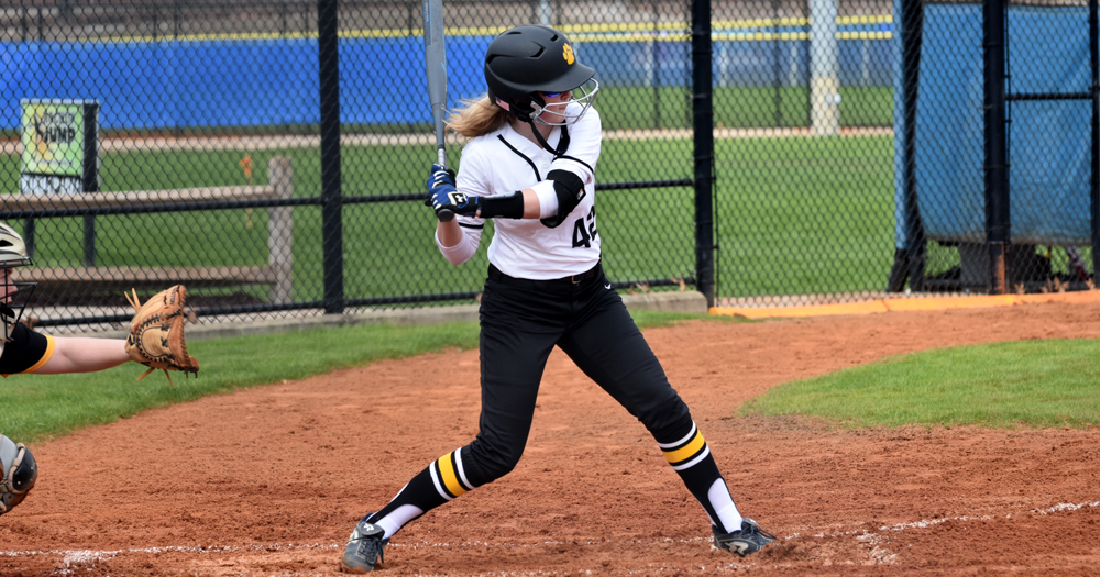 Offense Erupts in Softball's Sweep over Newbury