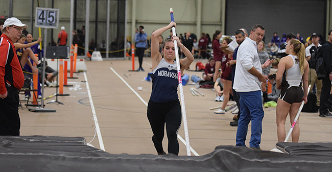 Beth Ann Davies '18 competes in the pole vault at the Lehigh University Opener.