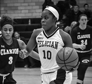 Taliyah Brisco (10) scored a season high 19 points in a Jan. 12, 2019, loss at nationally-ranked USciences. (Artur Workstus '22)