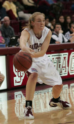Cozad Named WCC Co-Player of the Week