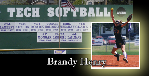 Henry to join the softball Wall of Honor