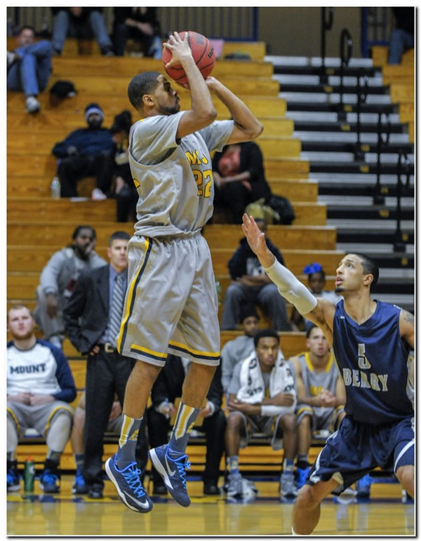 Lions' men's basketball team posts an 83-51 home win over Earlham College