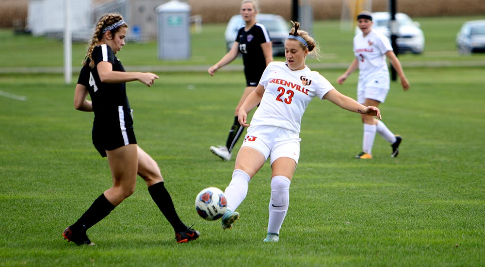 Women's soccer blasts Blackburn 7-0