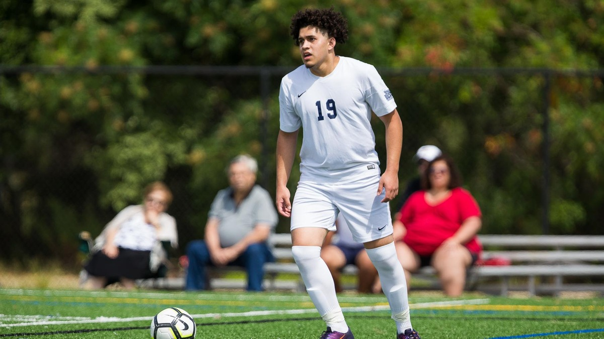 Farmingdale State Surges Past Men's Soccer
