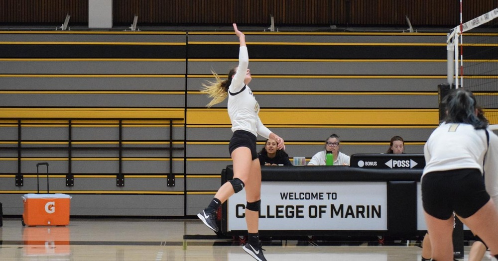 Mariners' Volleyball Grounds The Mendocino Eagles 3-0