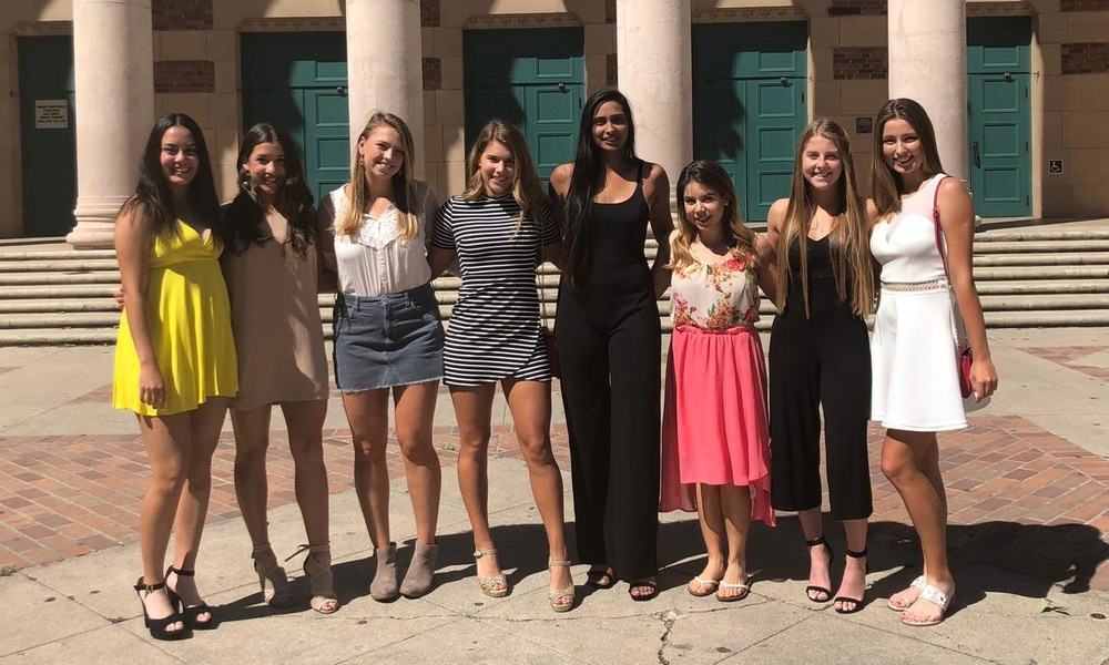 WOMEN'S TENNIS CAPS EXCITING SEASON WITH END-OF-YEAR BANQUET AND AWARDS