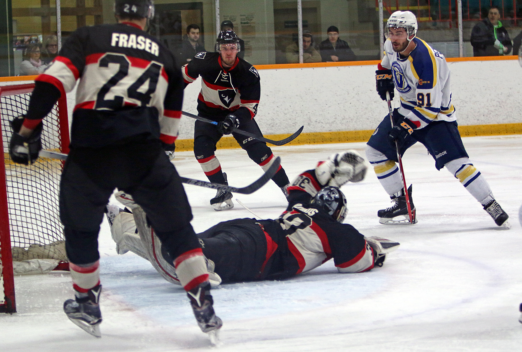 MHKY | Voyageurs Drop Weekend Finale to Stingers