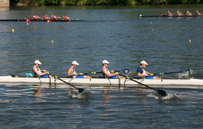 Men's Rowing Finishes Fifth