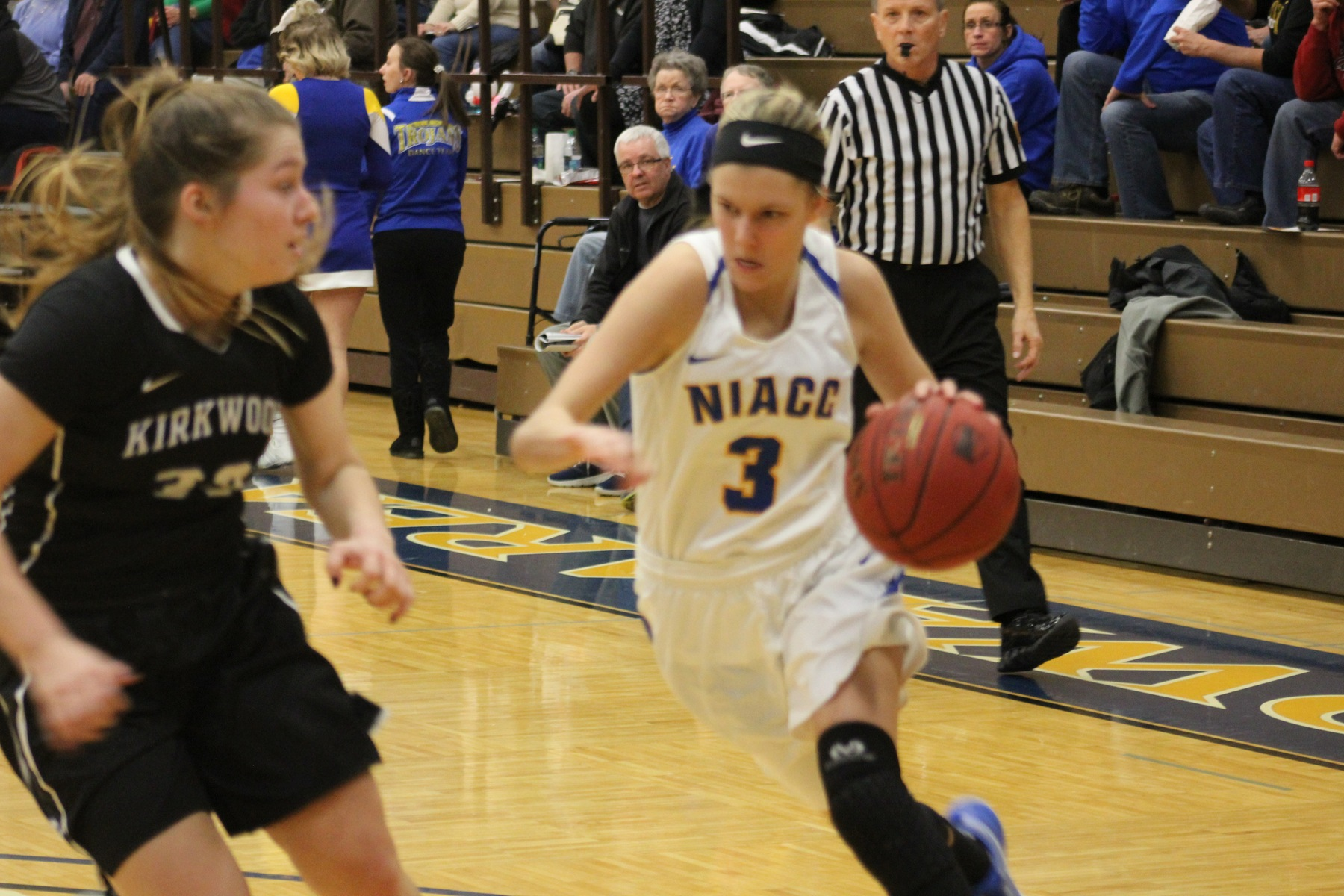 NIACC's Taylor Laabs drives to the basket during a game last season against Kirkwood.