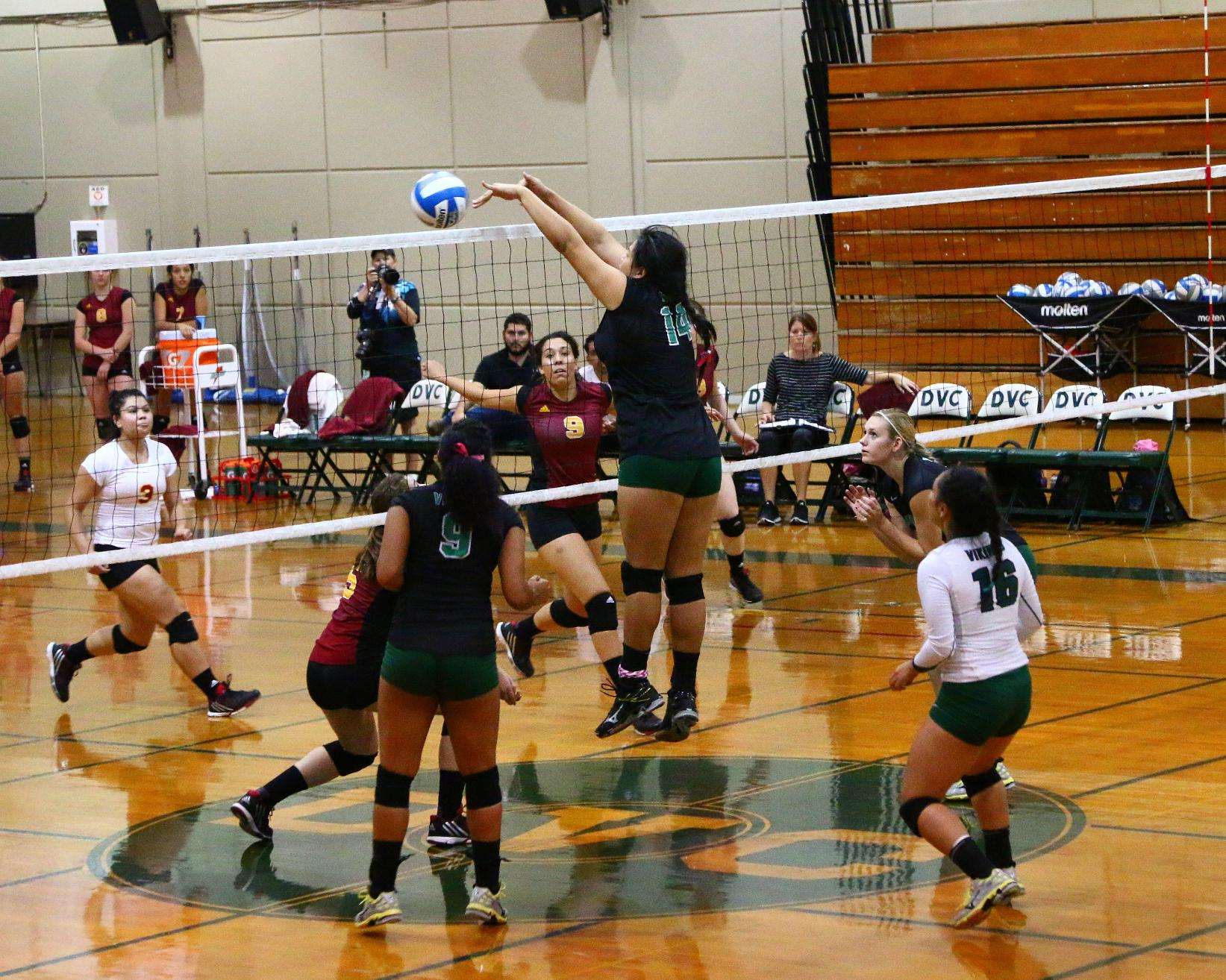 Diablo Valley Volleyball to host Summer Camp's