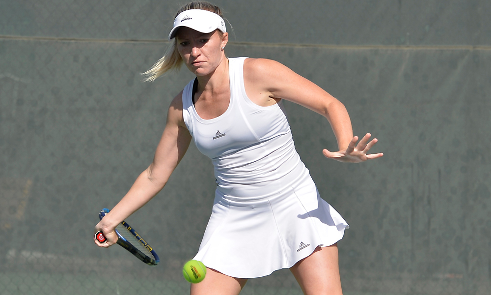 WOMEN'S TENNIS EARNS DOUBLES POINT IN LOSS AT PORTLAND