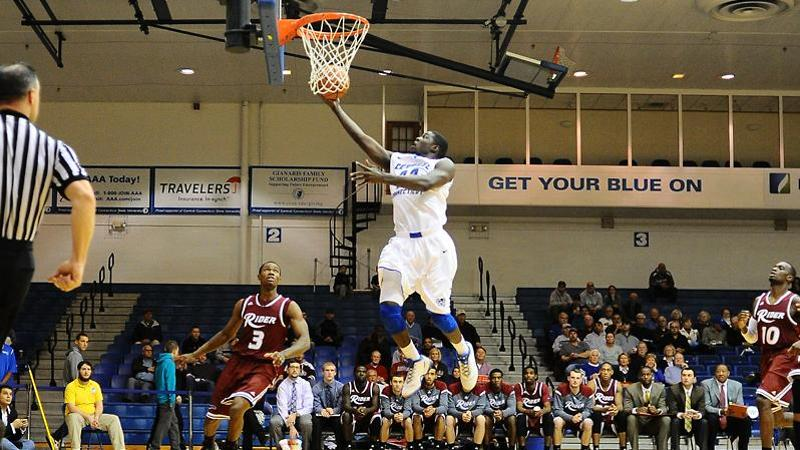 Men's Hoop Drops Home Opener to Rider