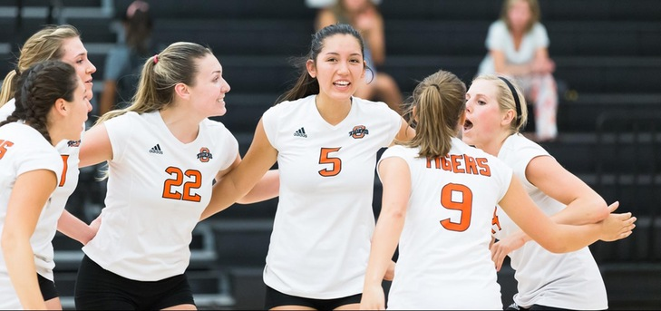 Oxy Volleyball Tops St. Katherine in Opener