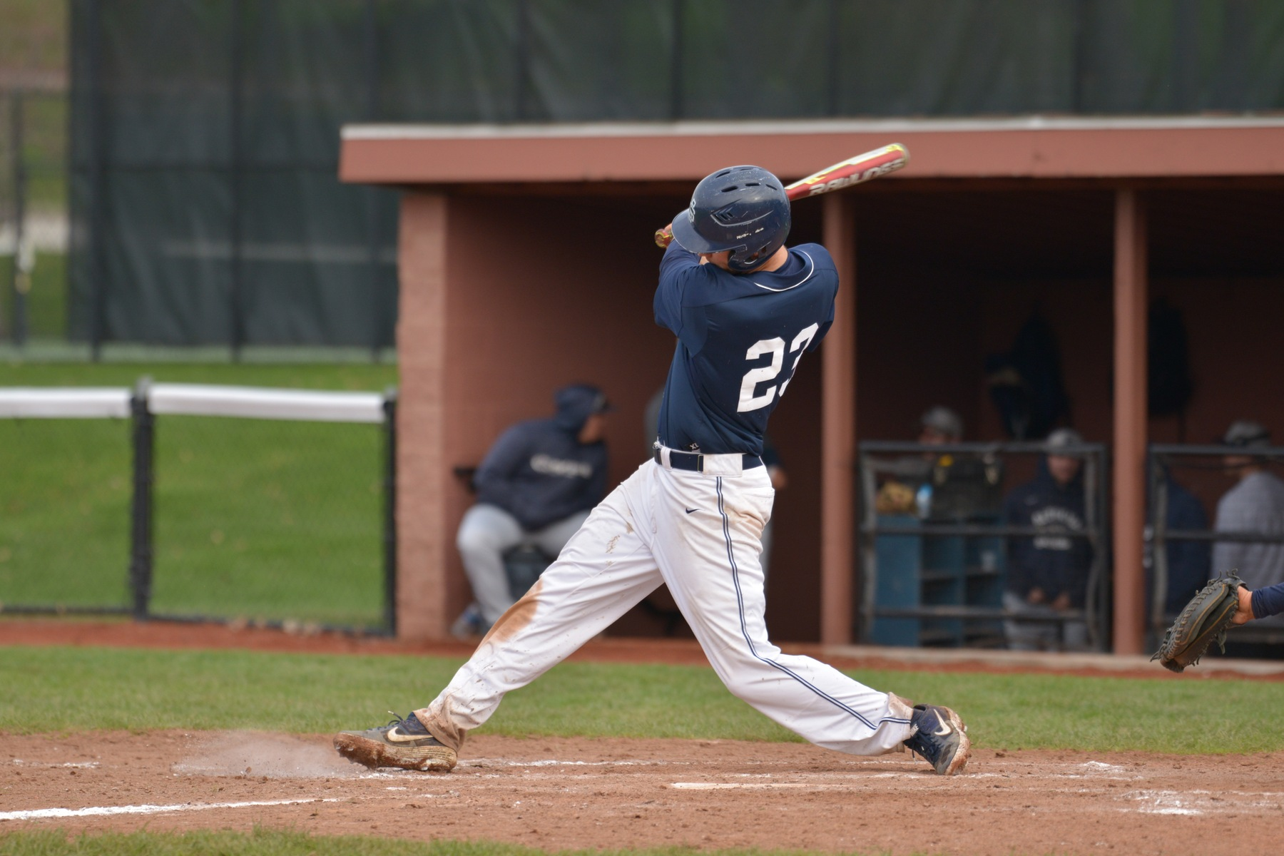 Baseball Drops Two Against La Roche