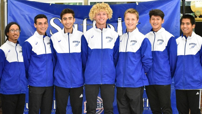 Men's XC Wins 4th Straight Region Title