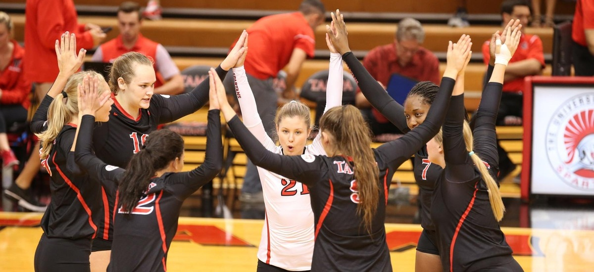 Tampa Tops Florida Tech in Five Set Thriller