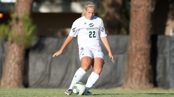 WOMEN'S SOCCER REMAINS UNBEATEN IN BIG SKY, TOPS MONTANA 3-0