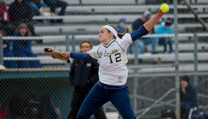 Softball on Spring Break - Blugolds Continue Undefeated Start to Season