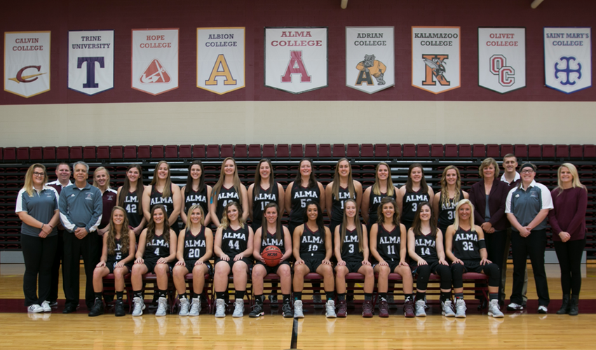 Women's Basketball Picked to Place Seventh in MIAA Preseason Poll