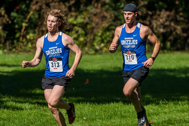 CROSS COUNTRY HAVE GOOD SHOWING AT CENTENNIAL INVITATIONAL