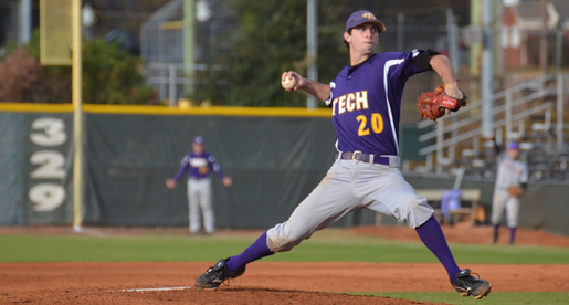 Purple Team grabs 2-1 series lead behind arms of Taylor, Bryant