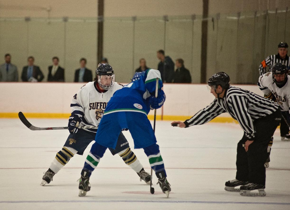 Men's Hockey Takes Break from Conference Play Tuesday, Hosts SNHU