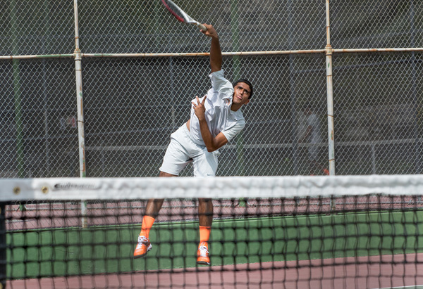 Caltech Falls in Regional Match-Up with Whittier