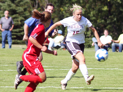Women's Soccer Plays Lewis To 2-2 Double Overtime Tie In Home Opener