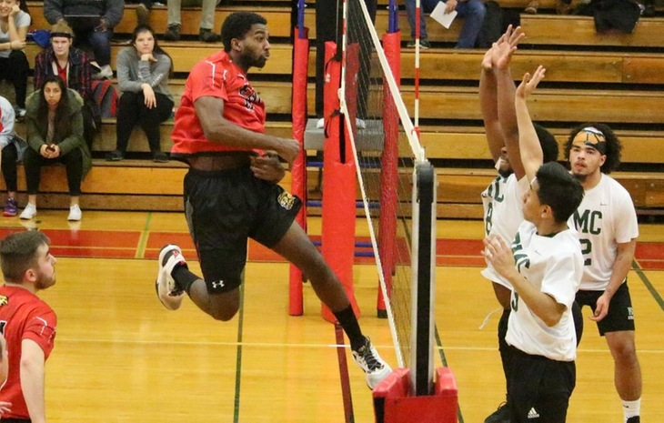 Men's Volleyball Storms Past Dean 3-0