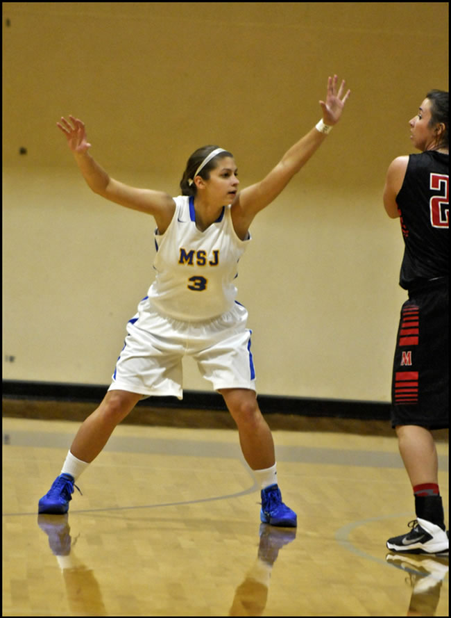Junior guard Melanie Monahan had a game-high seven assists against Kalamazoo.