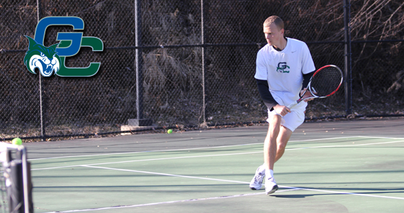 Men's Tennis Comes up Empty in Fall Season Opener