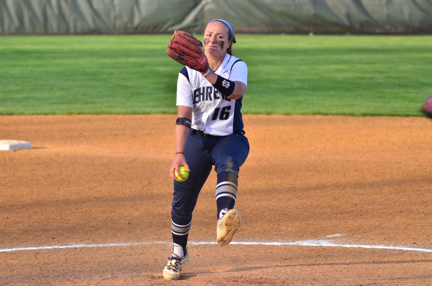 Softball Splits on Day Three of Spring Break