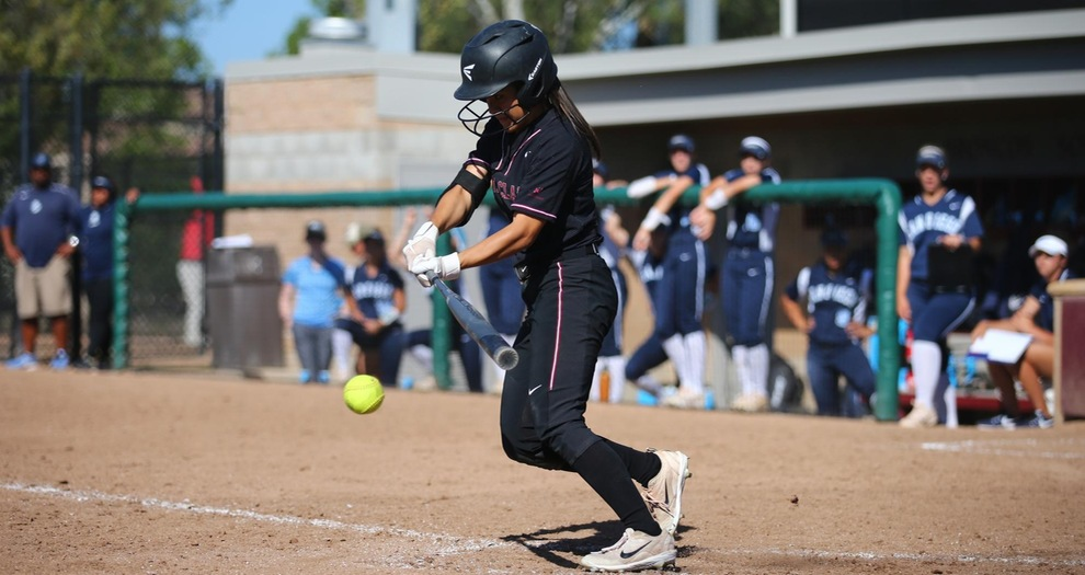 Softball Drops Rubber Match to San Diego in Extras