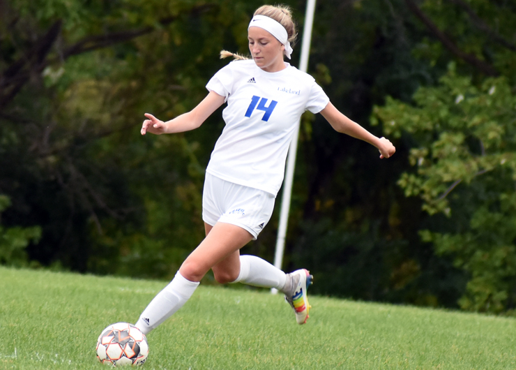 Late goal by Maria Sill gives Lakeland a victory over Lorain County, 2-1