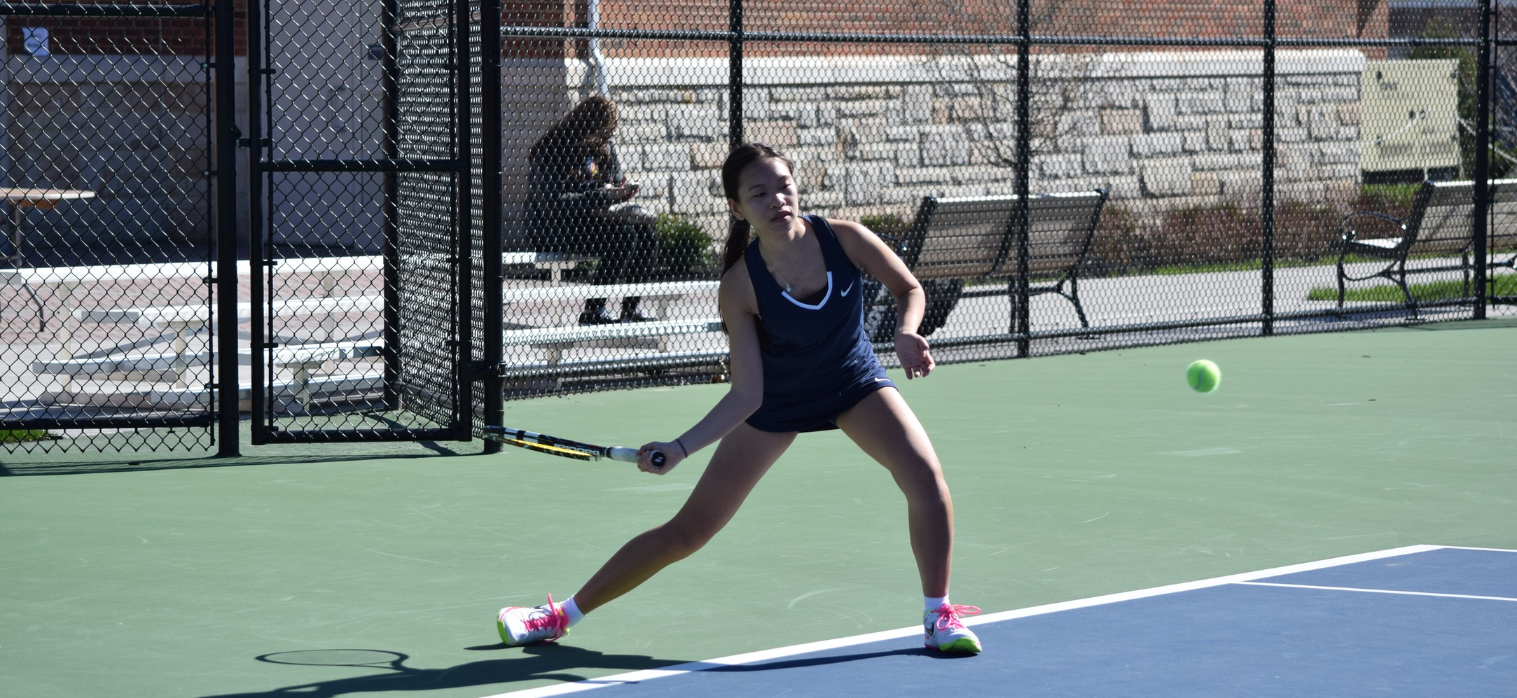 Women's Tennis Moves to 4-0