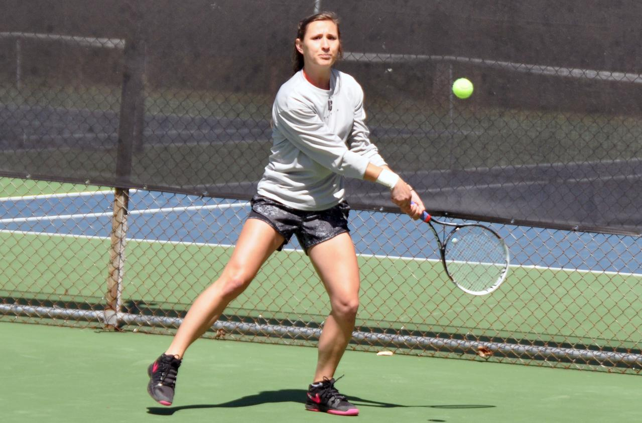 Women's Tennis: Panthers open fall season with hard-fought match against Emory-Oxford