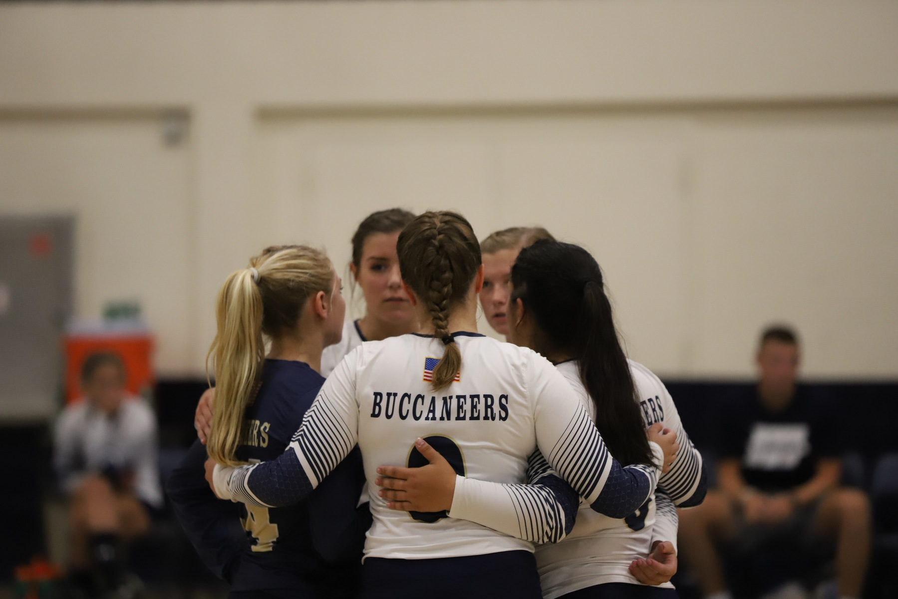 Buccaneers Fall to Vikings in Straight Set on the Road