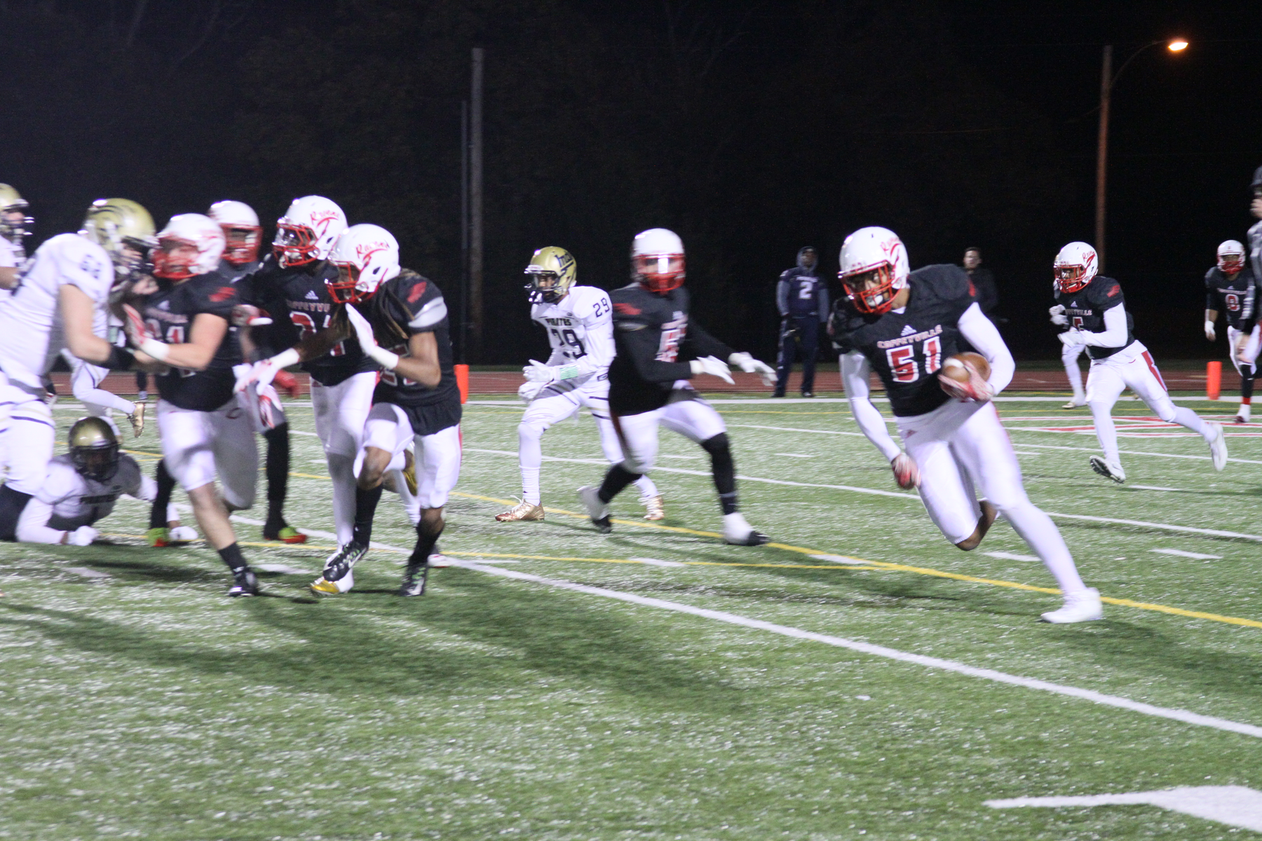 Tournovers Doom the Red Ravens to Loss vs Independence in Final Regular Season Football Game
