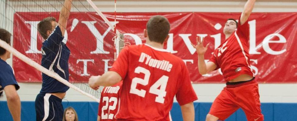 Men's Volleyball Fails to Finish, Loses in Five