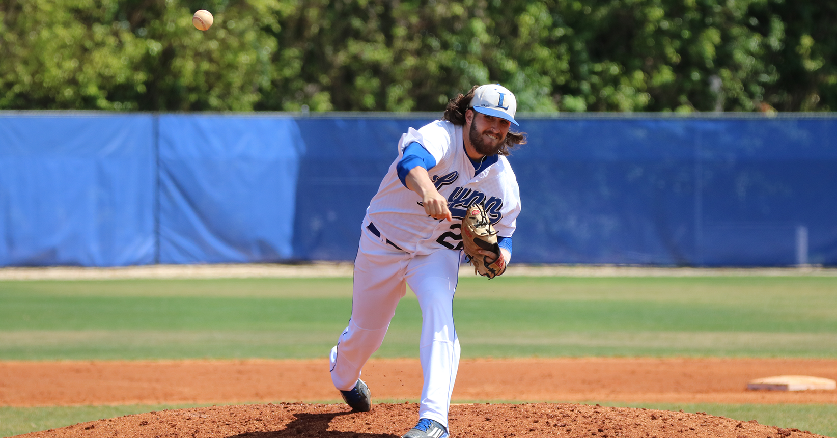 No. 15 Baseball Blanks the Panthers, Sweep Weekend Series