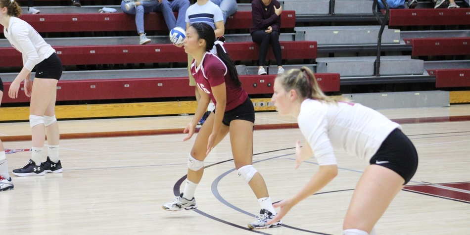 Volleyball Takes CACC Leader Holy Family to Brink in Sets Two and Three