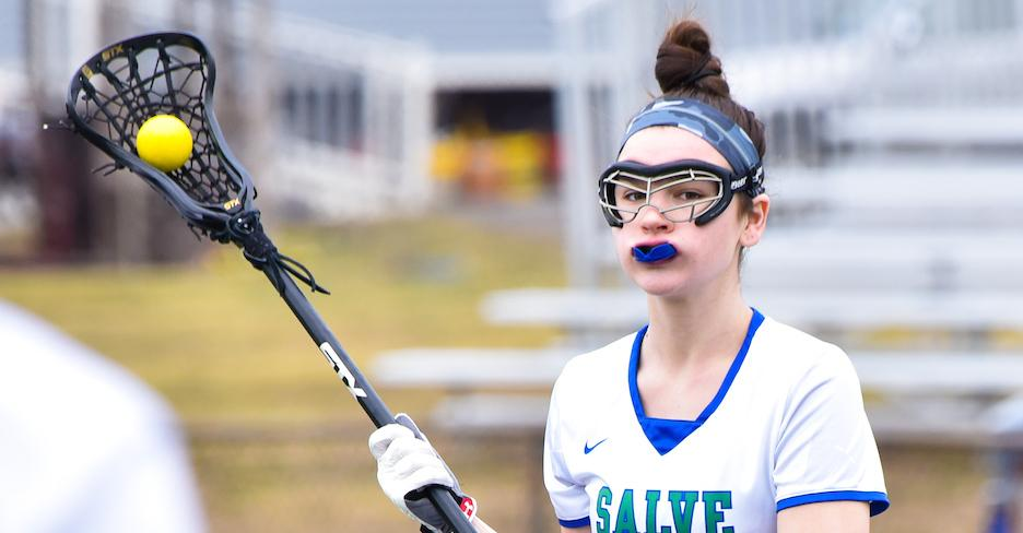 Nor'easters close with a flurry to rally past Salve Regina
