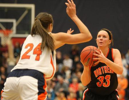 Dumbaugh breaks all-time scoring record, but No. 3 Women's Basketball falls to No. 2 Hope (Mich.) in Second Round of NCAA III Tournament