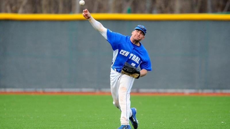 Baseball Splits Doubleheader at FDU on Saturday